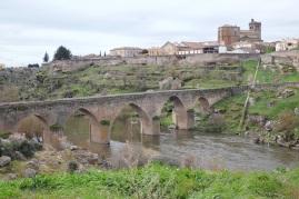 Ledesma_Bridge_pequeñi